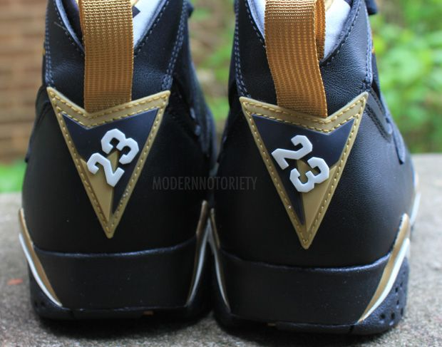 air-jordan-7-gold-medal (13)