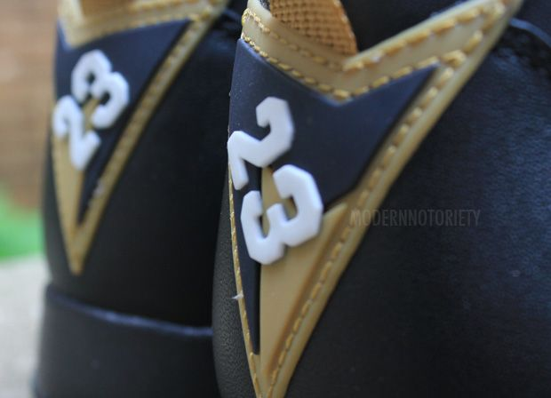 air-jordan-7-gold-medal (8)