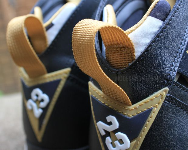 air-jordan-7-gold-medal (7)