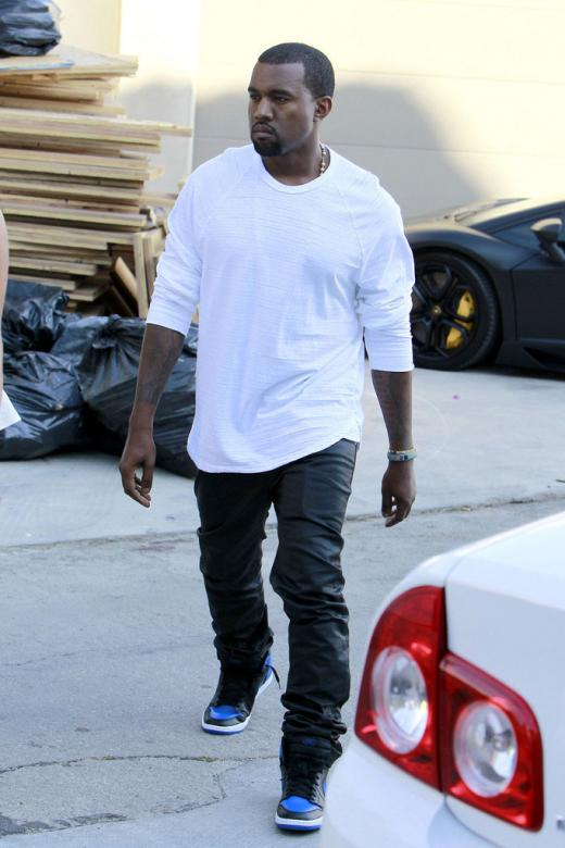 9fb3c84a8d39c1 Kanye West Jumps back on the Jumpman with Air Jordan 1 High  Royal