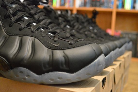 "ade5f1a88f9 Don t wanna wait for the Nike Air Foamposite One ""Stealth"" ..."