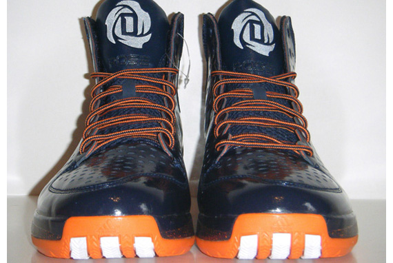 """a807aa32e485 The adidas D Rose 3 """"Chicago Bears"""" pays tribute to the guys that go out on  the gridiron every Sunday at Soldier Field. The shoe utilizes traditional  Bears ..."""