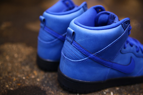 Eiffel 65 Blue x Nike SB Dunk High-1