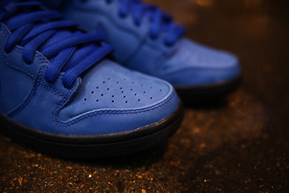 Eiffel 65 Blue x Nike SB Dunk High-2