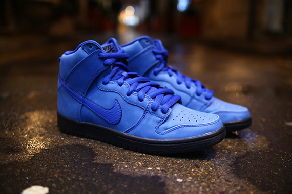Eiffel 65 Blue x Nike SB Dunk High