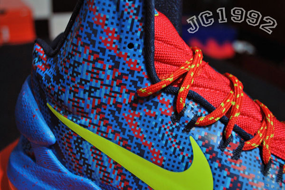 new arrival a39ff 9f77b Nike KD V  Christmas  Hyper Blue Atomic Green-Photo Blue-Challenge Red  554988-401 12 26 2012  115