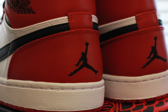 air-jordan-1-chicago_05