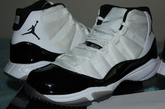 air-jordan-11-turf-concord-space-jam-set_02