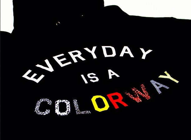 everyday-is-a-colorway-hoody_02