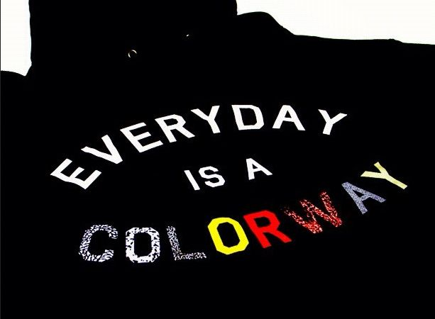 everyday-is-a-colorway-hoody_03