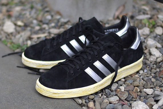 ft-q21640-r1-Holiday-2012-mita-sneakers-x-adidas-Originals-