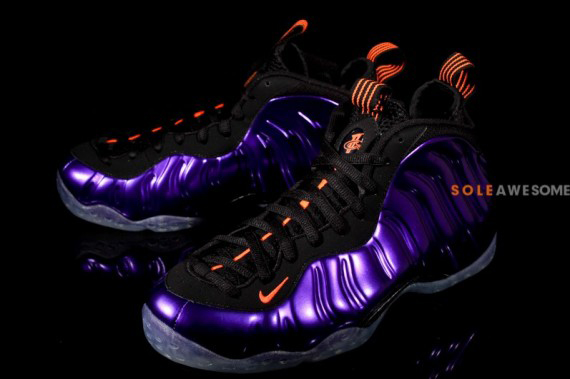 nike-air-foamposite-one-electro-purple-07-570x379