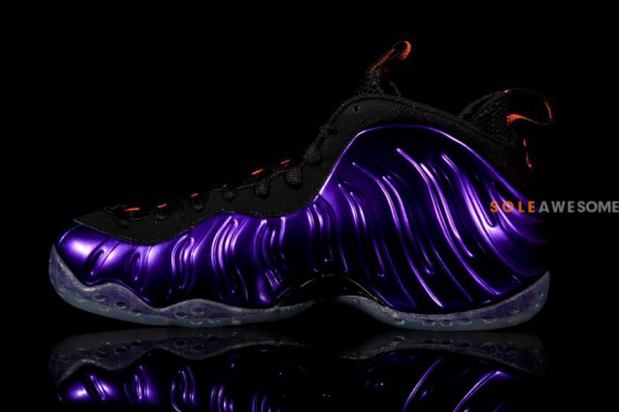 nike-air-foamposite-one-electro-purple-08-570x379