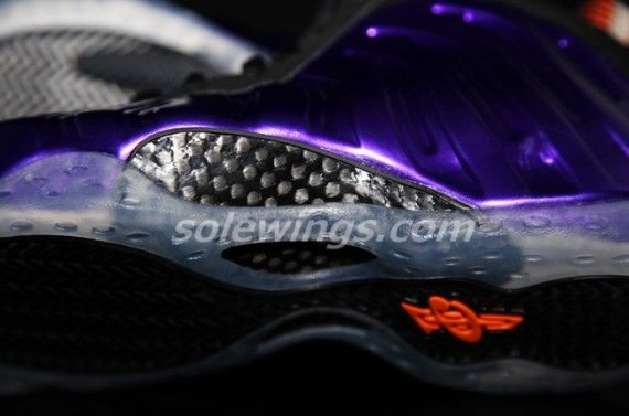 nike-air-foamposite-one-suns-06-570x377