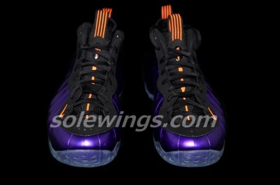 nike-air-foamposite-one-suns-09-570x377
