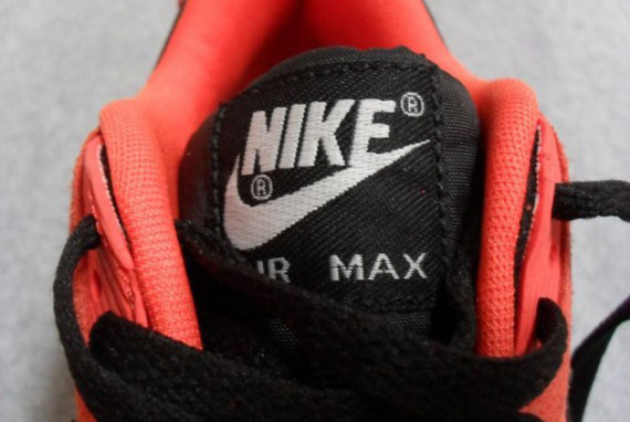 nike-air-max-90-premium-snake-team-orange-black-anthracite-5-570x407