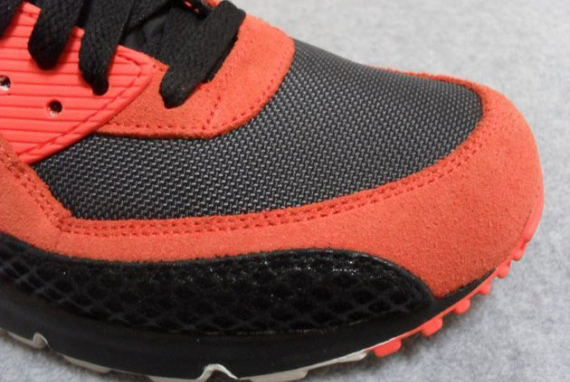 nike-air-max-90-premium-snake-team-orange-black-anthracite-6-570x407