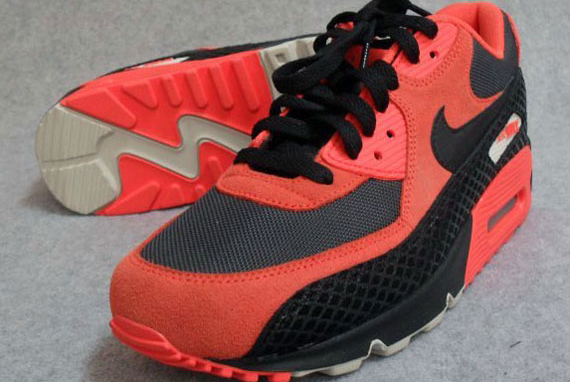 nike-air-max-90-premium-snake-total-orange