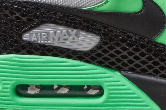 nike-air-max-90-tree-snake-detail-1
