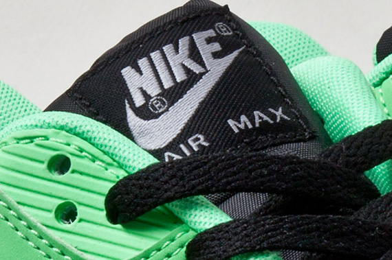 nike-air-max-90-tree-snake-detail-2-1