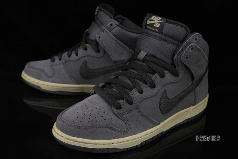 nike-dunk-high-sb-anthracite-matte-olive-6