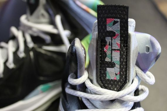 nike-lebron-x-prism-arriving-at-retailers-03