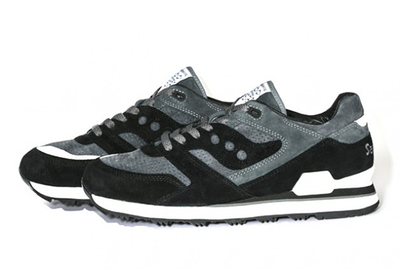 3a6806b45495 White Mountaineering x Saucony Courageous