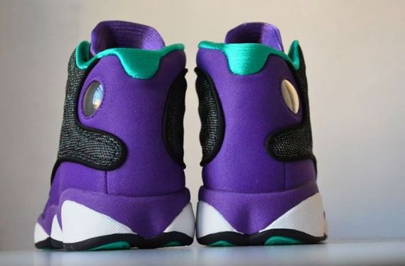 Air-Jordan-13-Black-Ultraviolet-Atomic-Teal-2-540x356