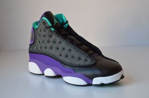 Air-Jordan-13-Black-Ultraviolet-Atomic-Teal-540x355