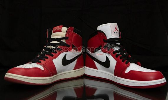 air-jordan-1-high-chicago_08