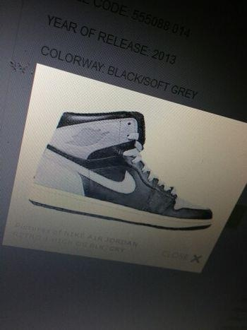 air-jordan-1-high-og-soft-grey