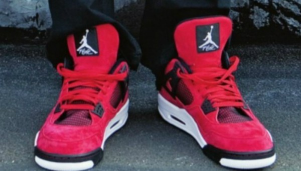 air-jordan-4-red-suede1-600x342