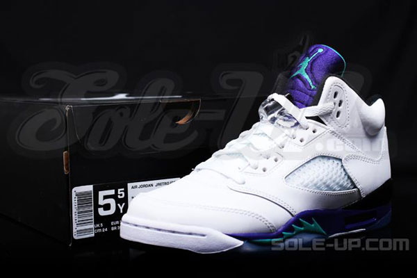 air-jordan-5-grape-gs-07