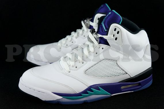 air-jordan-5-grape-retro_03