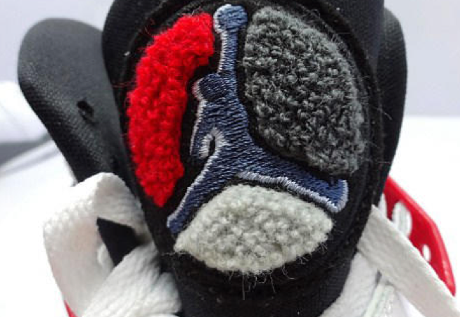 air-jordan-8-bugs-bunny-retro