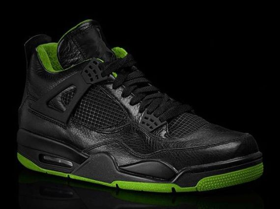 air-jordan-iv-black-neon-green-collection-1