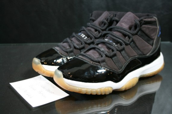 air-jordan-xi-retro-space-jam-45-sample-10-570x379