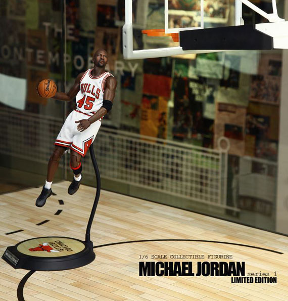 michael-jordan-masterpiece-figures-by-enterbay-6