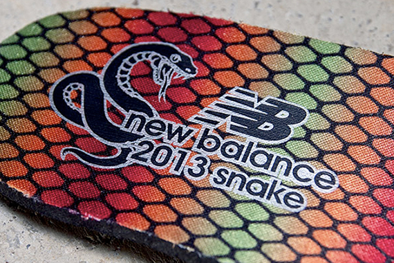 new-balance-574-year-of-the-snake-pack-6
