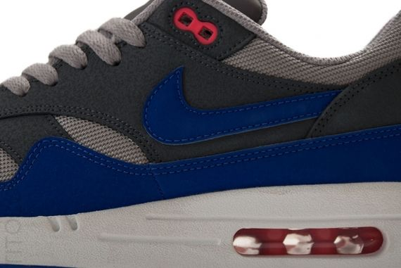 nike-air-max-1-ultramarine_02
