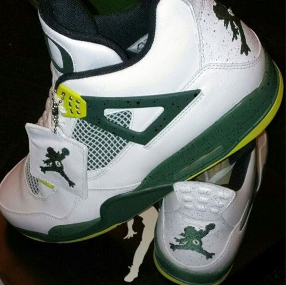 oregon-duck-air-jordan-4-_02