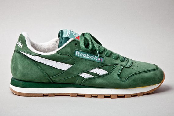 reebok-classic-leather-vintage-racing-green-profile-1