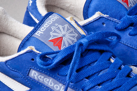 reebok-classic-leather-vintage-union-blue-laces-1