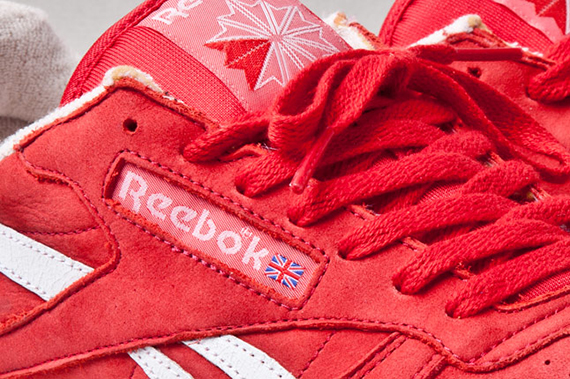 reebok-classic-leather-vintage-union-red-side-1