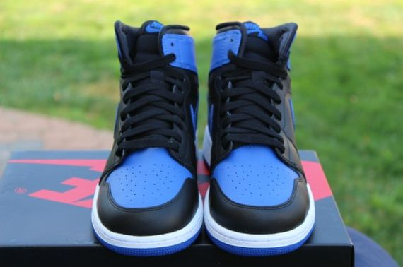 Air-Jordan-1-OG-Retro-High-Black-Royal-Blue-05
