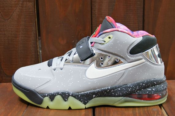Nike-Air-Force-Max-2013-Area-72-02