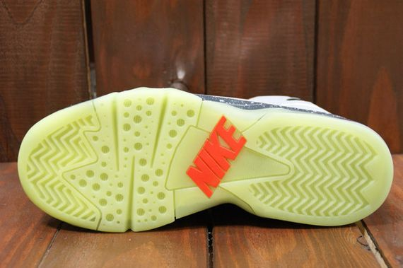 Nike-Air-Force-Max-2013-Area-72-09