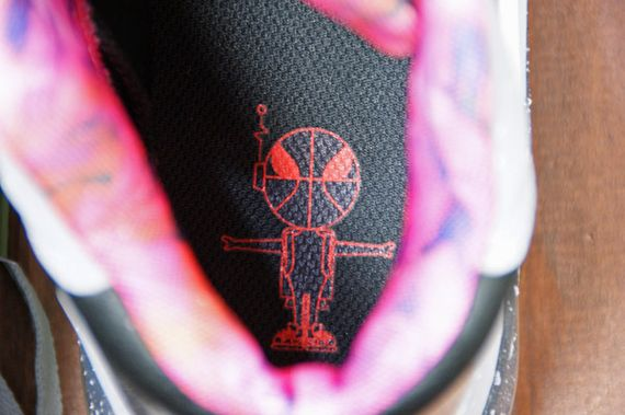 Nike-Air-Force-Max-2013-Area-72-11