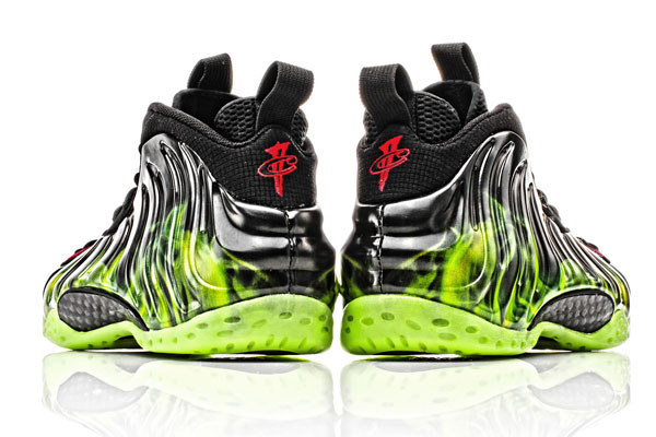 ParaNorman-Nike-Foamposite-One-Sample-00