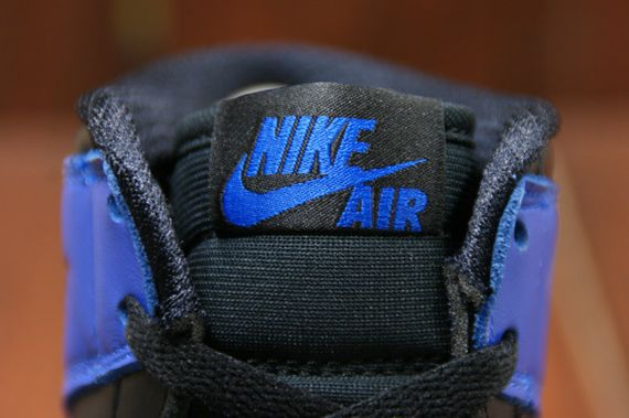 air-jordan-1-high-royal_11